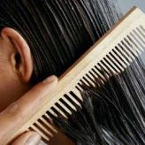 Home remedies to moisturize dry hair ends at home